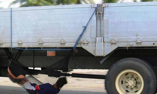 عکس های خنده دار و سوتی های جدید خارجی - Alamto.Com